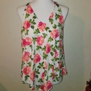 *Floral Sleeveless Top*